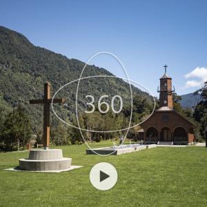 fotografía de la Iglesia de Vodudahue con un ícono de 360 y un botón de reproducir sobre ella que invita al recorrido virtual patrimonial