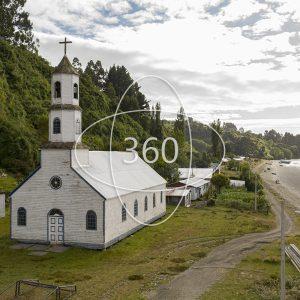 fotografía de la Iglesia de Ichuac con un ícono de 360 sobre ella que invita al recorrido virtual patrimonial